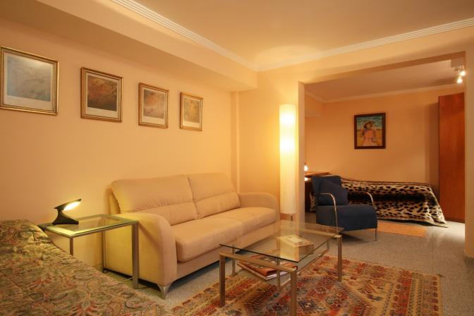 1365092833jzqmthrg_guestroom.jpg