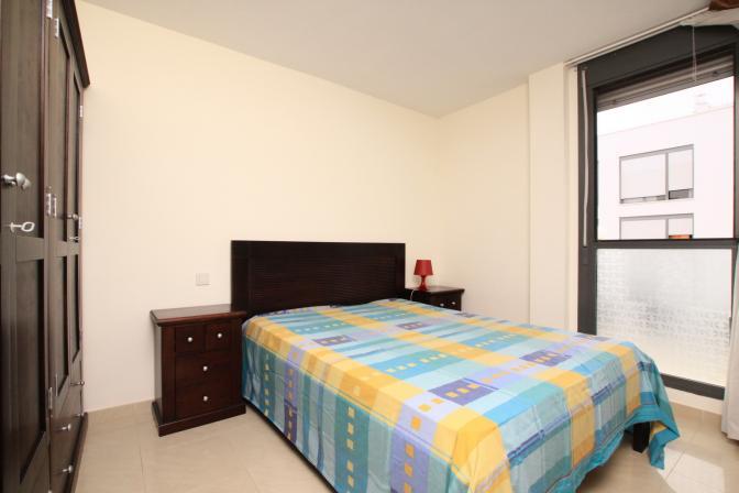 1367425748dbkrtjiv_bedroom.jpg