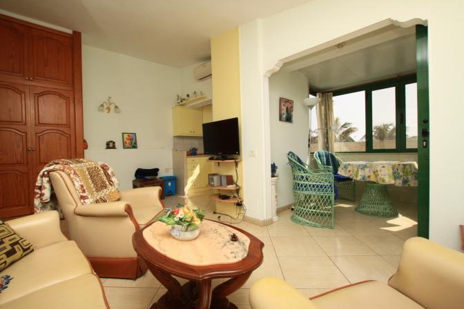 1368442399ojlqxikg_livingroom1.jpg