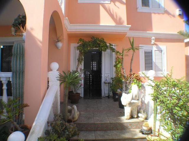 House For Sale In San Fernando Gran Canaria