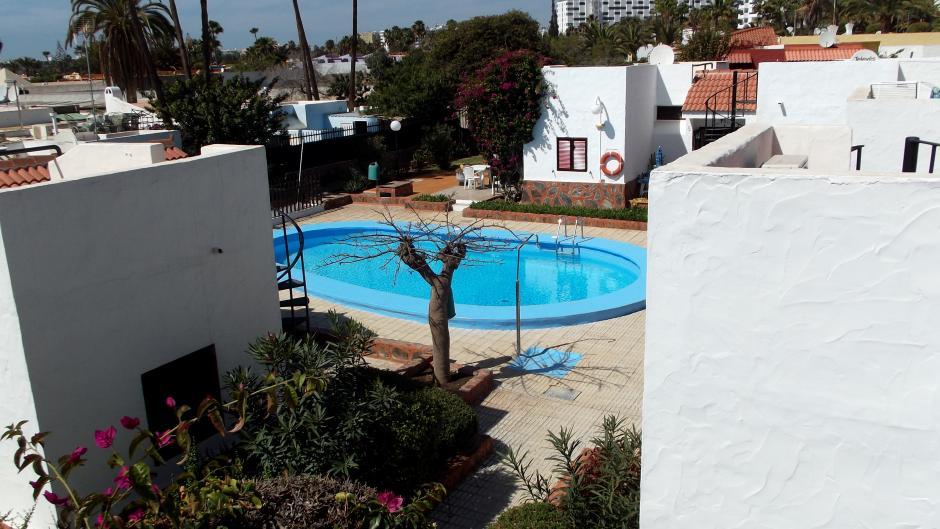 1467199296vpiajwfn_piscina.jpg